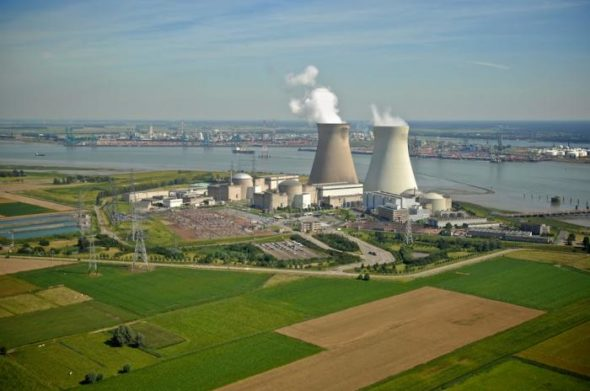 Elektrownia-atomowa-Doel-590×2000