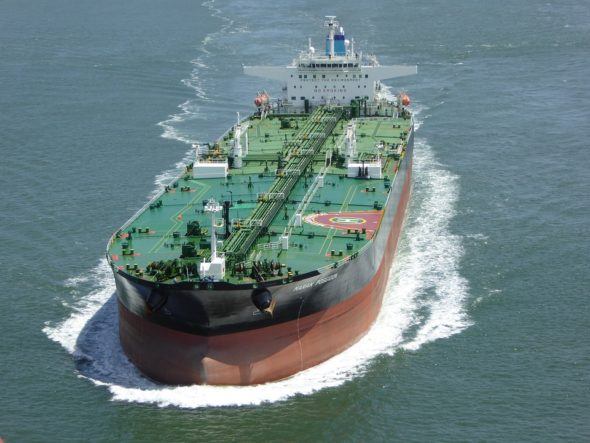 tanker-1242111_960_720-590×2000