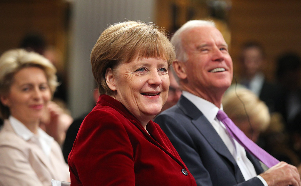 Angela Merkel i Joe Biden w 2015 roku Flickr
